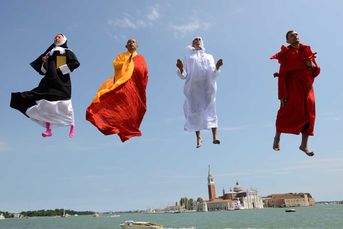 Li Wei - Flying over Venice