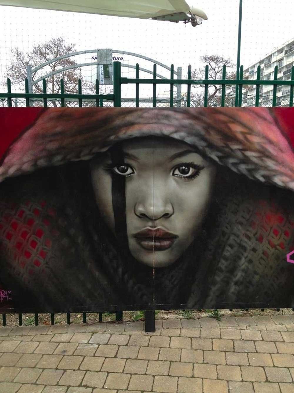 Street artist Alex Mac 3HC