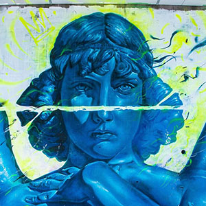 Valdi Valdi Street Art - Biography and Interview, an urban blue photorealism